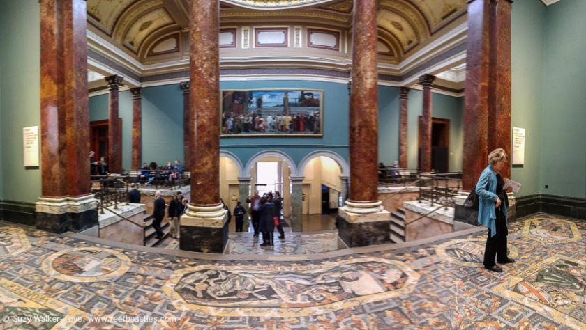 National Gallery inside main entrance, (slightly blurry) phone panorama