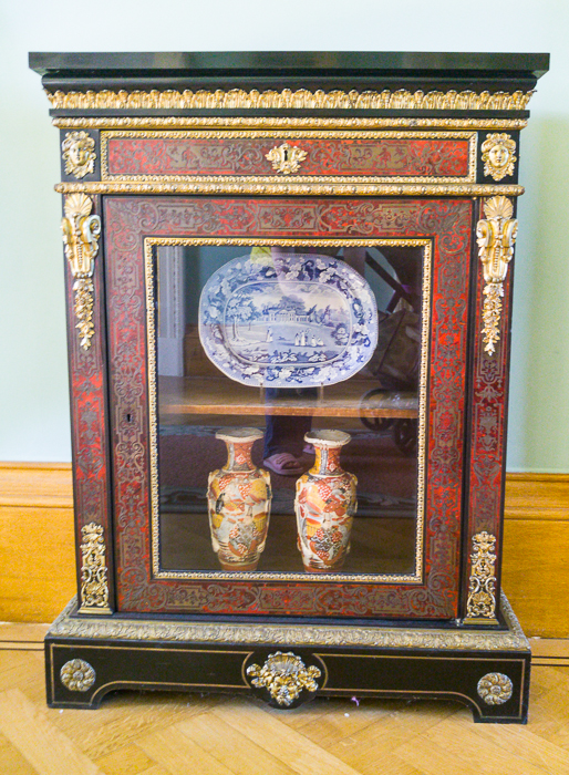 Saloon - Pier cabinet (3)